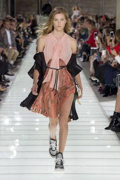 Louis Vuitton Spring/Summer 2018 Ready To Wear | British Vogue