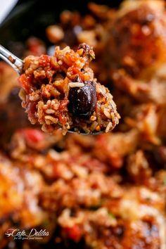 One Pot Italian Chicken and Rice - Cafe Delites Rice Recipes, Great Recipes, Chicken Recipes, Healthy Recipes, Favorite Recipes, Recipe Ideas, Sundried Tomato Chicken, Chicken Cacciatore, Mediterranean Diet Recipes