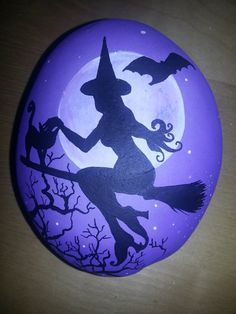 Hand painted stone Halloween Sillhouette by ShePaintsSeaStones