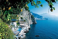 Hotel Santa Caterina in Amalfi, Italien - Italia - Travel Amalfi Italy, Almafi Coast Italy, Italy Coast, Italy Pictures, Beautiful Places To Travel, Beautiful Vacation Spots, Wonderful Places, Beautiful Things, Beautiful Pictures