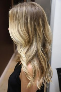 Grorgeous Subtle Ombré. Not a fan of the bold ones, but maybe I could do this?