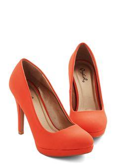 Heels - Pump it Up Heel in Tangerine