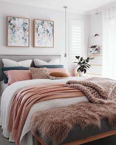 nice 54 Cozy Winter Bedroom Decoration Ideas  https://decoralink.com/2018/01/06/54-cozy-winter-bedroom-decoration-ideas/