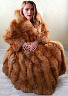 Fur Coat Fashion, Fabulous Fox, Fur Cape, Fox Fur Coat, Great Women, Red Fox, Fashion Photo, Style Guides, Coats For Women