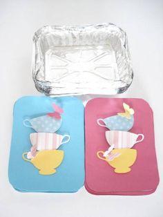 Lindas marmitinhas para doces ou guloseimas Alice no país das maravilhas Com apliques de xícaras e borboletas