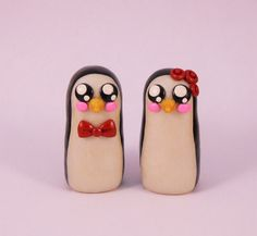 Custom Clay Penguins, Custom Cake Topper, Penguin Cake Topper, Kawaii Penguins, Clay Cake Topper, Wedding Cake Topper, Polymer Clay Penguin by MudAndWineStudio on Etsy https://www.etsy.com/listing/270365553/custom-clay-penguins-custom-cake-topper