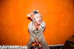 Aaron Paul by Tyler Shields Tyler Shields, Broken White, Aaron Paul, Breaking Bad, Beautiful Boys, Pretty People, Make Me Smile, Movie Tv, Hot Guys