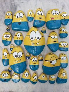 Maxions, Midions, Minions and Microons Crafts Maxioni, midioni,minioni si microoni Stone Crafts, Rock Crafts, Diy And Crafts, Crafts For Kids, Arts And Crafts, Rock Painting Patterns, Rock Painting Ideas Easy, Rock Painting Designs, Pebble Painting