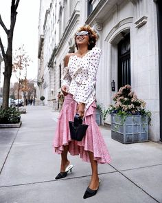 Easy spring outfit ideas from all over the world