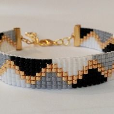 off loom beading Loom Bracelet Patterns, Bead Loom Bracelets, Bead Loom Patterns, Jewelry Patterns, Seed Bead Jewelry, Beaded Jewelry, Handmade Jewelry, Jewellery, Bead Loom Designs
