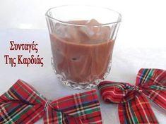 Το λικεράκι αυτό έκλεψε καρδιές το βράδυ της Πρωτοχρονιάς όταν το σέρβιρα στους φίλους μας! Ολοι μου ζητούσαν την συνταγή και έμεναν πραγ... Limoncello, Some Recipe, Coffee Drinks, Glass Of Milk, Food To Make, Cravings, Deserts, Yummy Food, Delicious Recipes