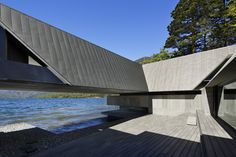 On The Water by Team Yamanashi in NIKKEN SEKKEI. The site of this building is located in Lake Chuzenji in Nikko city. Lakeside View, Lakeside Terrace, Japanese Architecture, Residential Architecture, Modern Architecture, Concrete Interiors, Water House, Concrete Building, Modern Staircase