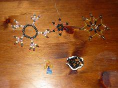 hvězdičky z korálků / stars of beads