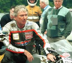 """Motorcycle Racing History: Death of Joey Dunlop July - William Joseph """"Joey"""" Dunlop, was a world champion motorcyclist from Ballymoney in Northern Ireland, best known for road racing. Racing Motorcycles, Vintage Motorcycles, Motorcycle Racers, Classy Cars, Super Bikes, Isle Of Man, Second World, Road Racing, Motogp"""