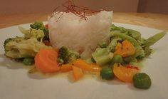 Brokkoli, Karotten und Pilze in Kokos Curry Sauce, ein gutes Rezept aus der Kategorie Gemüse. Bewertungen: 155. Durchschnitt: Ø 4,3.