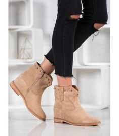 Bella Paris Zamszowe Botki Z Dżetami Types Of Heels, Ankle Highs, Cold Day, Suede Boots, Winter Fashion, Wedges, Booty, Stylish, Bella