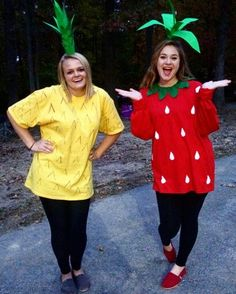 Pineapple and strawberry. Cutest Halloween costumes!