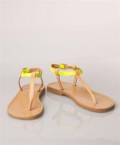 Closed thong sandal