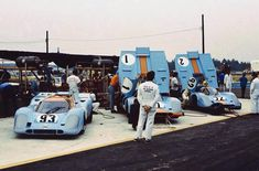 Richard Attwood - Gijs van Lennep - Derek Bell - Porsche - JW Automotive - Six-Hours and The Can-Am, The Glen 1971 - Canadian-American Challenge Cup round 4 Sports Car Racing, Racing Team, Road Racing, Race Cars, Auto Racing, Le Mans, Motorsport Magazine, Canadian Grand Prix, Mario Andretti