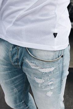 Tony of TheSubtleThings in the Slim Straight Jean in Amnesia Wash #GUESSMen   Get the look: http://shop.guess.com/en/Catalog/View/men/denim/slim-straight-jeans-in-amnesia-wash/M61AS3D20T0