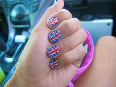 Roses And Sunshines, England nails