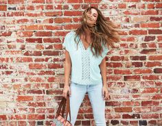 Light wash jeggings: A spring must have!