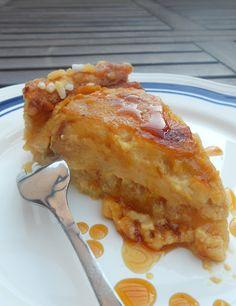 Crostata di mele con panna al caramello