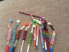 I made some cute pencil toppers I will be putting a video of how to make them Pencil Toppers, Loom Bands, Friendship Bracelets, Beauty, Jewelry, Style, Rubber Bands, Swag, Jewlery
