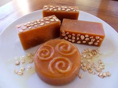 How to make honey and beeswax soap. Honey soap smells of caramelized honey and will usually turn a golden brown color.