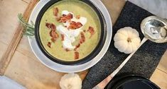My Sweet Savannah: creamy asparagus soup with bacon & lime creme fraiche Easy Pork Chop Recipes, Roast Recipes, Oven Recipes, Cooker Recipes, Chicken Recipes, Sausage Recipes, Baked Chicken, Broccoli Chicken, Cod Recipes
