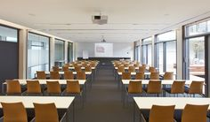 Seminar room - classroom setting - at EMBL Advanced Training Centre in Germany - Inspiration for University Campus in Bahrain by SI architects Hotel Meeting, Office Meeting, Study Office, Meeting Rooms, Corporate Office Design, Retreat House, Hospital Design, Future Office, Function Room