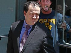 Philadelphia Police narcotics officer Thomas Liciardello, left emerges from Federal Court on Thursday, May 14, 2015. ( Michael Bryant / Photographer for the Philadelphia Inquirer)