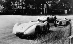 von Brauchisch' big Benz 1936 W25 with 700bhp DAB V12 and Lang 1936 LWB speed record W25 5.7 litre Straight-8 ahead of one of von Delius or Hasse AU Type C open-wheeler 6 litre V16