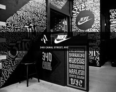 Aerosyn-Lex for Nike 340 Canal Street Pop-Up Shop – Store Closing Collection Typography Letters, Typography Design, Lettering, Environmental Graphic Design, Environmental Graphics, Nike Outfits, Bg Design, Typo Design, Retail Store Design