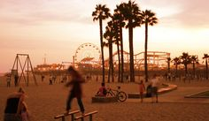 The Insider's Guide to Los Angeles http://thingstodo.viator.com/los-angeles/the-insiders-guide-to-los-angeles/