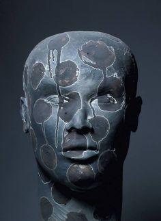 (2) Daphné Corregan, sculpture Sculpture Head, Sculptures Céramiques, Wood Sculpture, Ceramic Figures, Ceramic Artists, Art Pierre, Atelier D Art, 3d Artwork, Maquillage Halloween