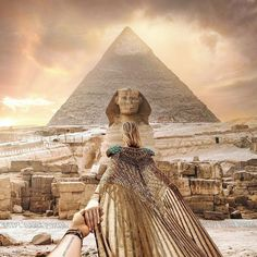 Browse Egypt Classic Tour Packages, Classic Tours to Egypt Pyramids, Cairo and Nile Cruise All Inclusive Luxor Aswan. Book Best Classic Egypt Tour Packages Now Online. Murad Osmann, Valley Of The Kings, Photo D Art, Excursion, Egypt Travel, Photos Voyages, Cairo Egypt, Giza, North Africa