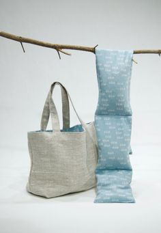 Corn bag neck warmer in blue mini print fabric with linen tote
