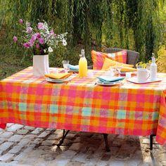 Garnier Thiebaut - Mille Panache Paradise   Sie geben Ihre Tischmaße ein und unser Tischdeckenkonfigurator berechnet Ihre persönliche Tischdecke.   Wählen Sie aus herrlichen Stoffen Ihren Favoriten. Nichts Passendes gefunden?   Rufen Sie uns an unter Tel. (0281) 24173 und wir machen es passend! Sie sind sich in der Farbwahl nicht sicher?   Gerne senden wir Ihnen Stoffmuster zu