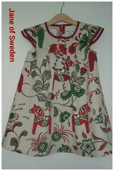 Dress from the age of 2-7 years. Swedish traditionall #dalahästar  Made by Jane of Sweden