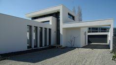 Réalisation des architectes partenaires d'Archionline Maison Sciacca par Jean-Pierre Peyrières d'Architecture du T #house #modernhouse #architecture #plan #Archionline