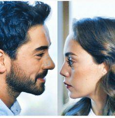 Böyle yakışan çift görmedim... Actor Studio, Love Husband Quotes, Turkish Beauty, Love Couple, Turkish Actors, In A Heartbeat, Couple Photography, Movies And Tv Shows, Tv Series
