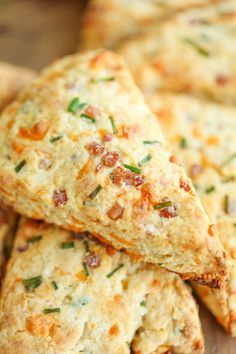 Ham and Cheese Scones - Easy peasy ham and cheddar scones perfect for any time of day - perfect as breakfast, snack-time, appetizer or with a bowl of soup! Would be great paired with bacon gravy... As seen on diners-drive ins & dives.