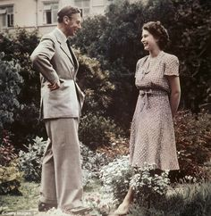Princess Elizabeth II is pictured talking with her father King George VI in That autumn Philip proposed but her father was loathe to lose his daughter and asked her to announce the engagement after her birthday Pictures Of Queen Elizabeth, Queen Elizabeth Ii, Reine Victoria, Queen Victoria, King George, Princesa Elizabeth, English Royal Family, Royal Queen, Isabel Ii