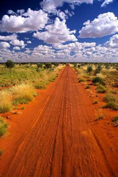 Outback dirt road in Western Australia. Western Australia, Australia Travel, Melbourne Australia, Brisbane, Great Barrier Reef, Australia Occidental, Beautiful World, Beautiful Places, Wonders Of The World