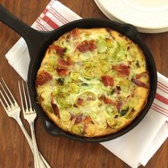 Go beyond boring brunch staples with a Pasta Carbonara Frittata from @PastaFits. It combines the best of breakfast and dinner in one!