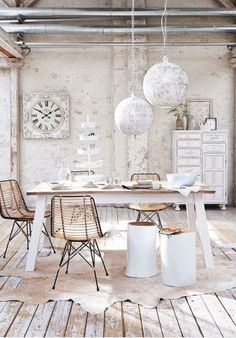 Beautiful room in shabby chic!