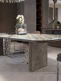 EXCELSIOR - Designer Dining tables from Longhi S. ✓ all information ✓ high-resolution images ✓ CADs ✓ catalogues ✓ contact information ✓. Dinning Table Set, Luxury Dining Tables, Dining Table Design, Dining Room, Esstisch Design, Contemporary Dining Chairs, Luxury Furniture, Luxury Homes, Designer