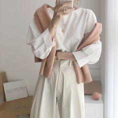 Korean Fashion Trends, Fashion Tips For Women, Asian Fashion, Fashion Bloggers, Modest Fashion, Girl Fashion, Fashion Outfits, Heels Outfits, Aesthetic Clothes