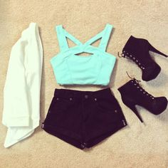 Love the minty top and shorts. Nothing tops the high heels